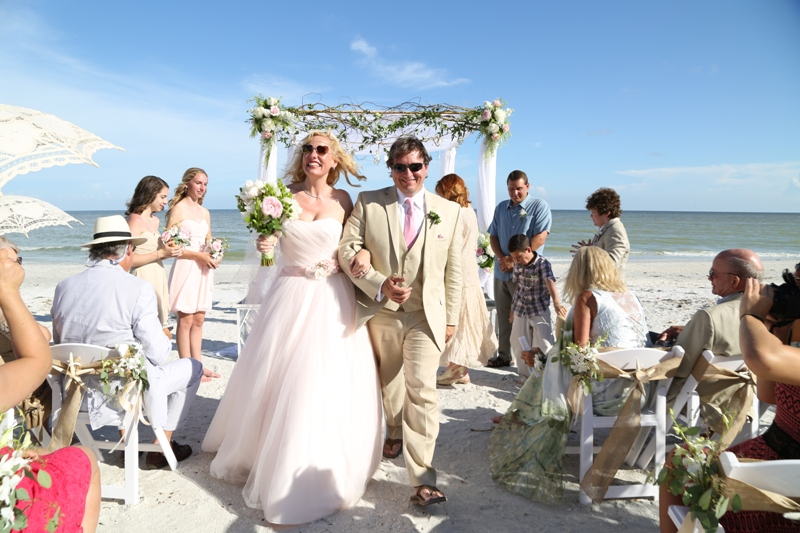Southern Beach Wedding: Casa Ybel Resort, Sanibel, FL