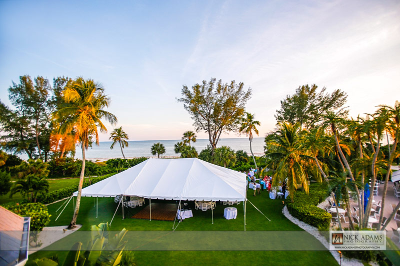 Elegant Outdoor Tent Wedding & Elegant Outdoor Tent Wedding u2013 Casa Ybel Resort Sanibel Island ...